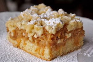 picture of apple cake