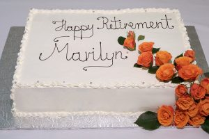 photo of a retirement cake