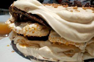 photo of meringue cake