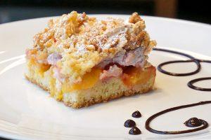 image of a plum cake